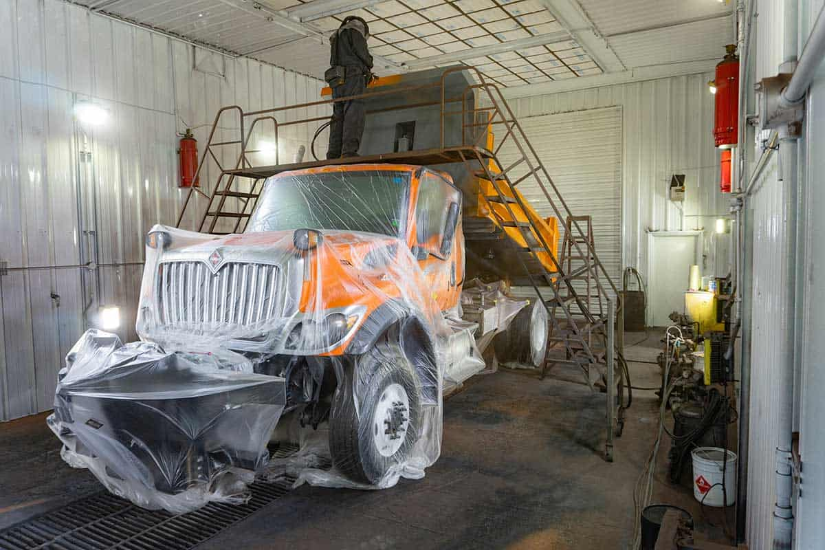 Universal Truck Painting Service